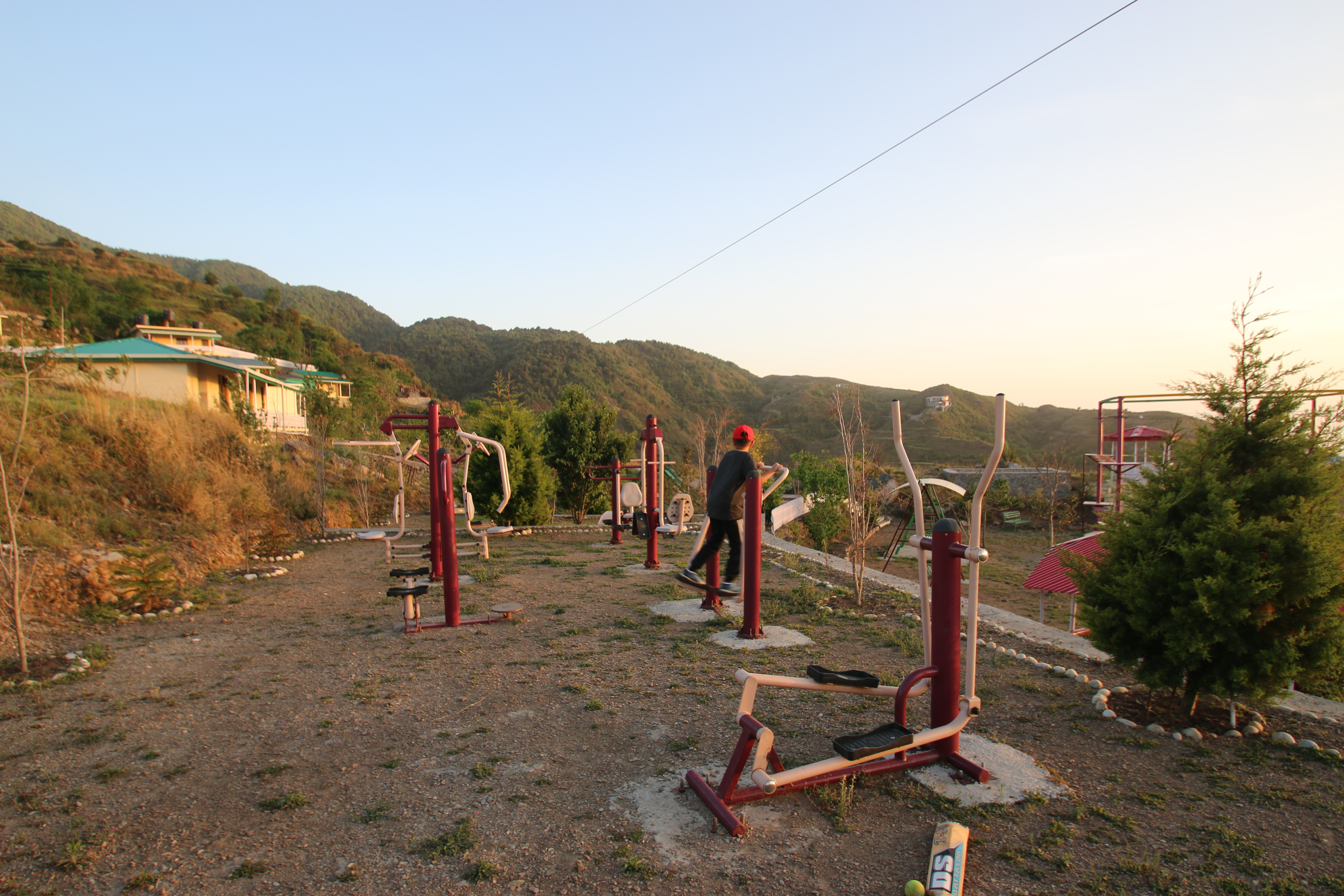 Open air Gym - Nest & Hives
